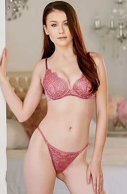Pussy emily bloom Emily Bloom
